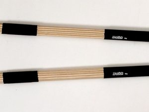 Drumsticks - Rod wip in wood with plast handles - from B-stick