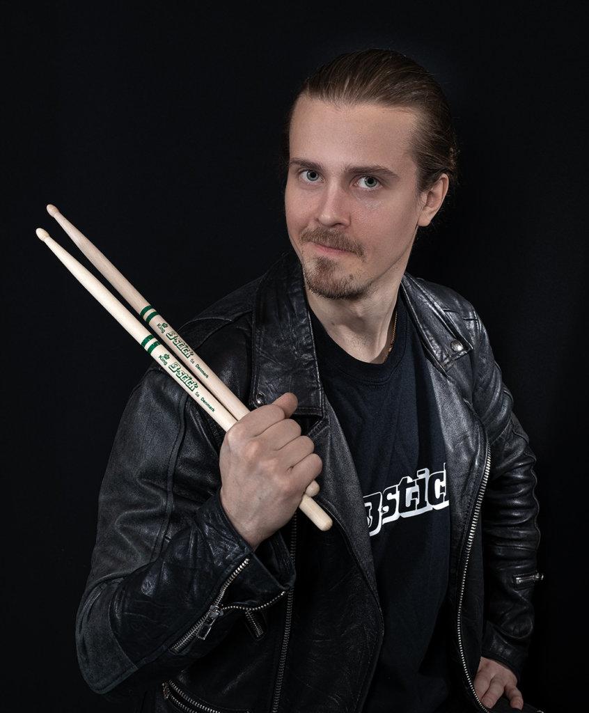 Iiro Laitinen -B-stick Endorser